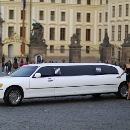 Lincoln Limousine mit Strip Show
